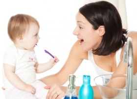 Good-oral-health-starts-with-baby-teeth
