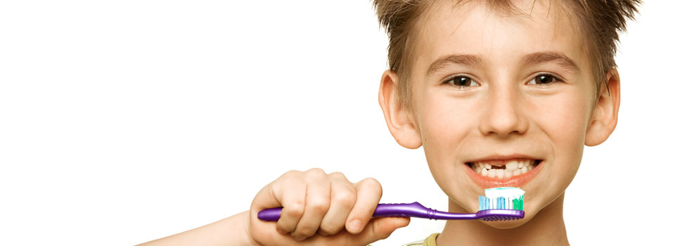 boy-brushing-teeth
